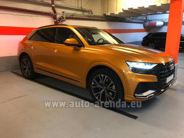 Hire and delivery to Bogenhausen the car Audi Q8 50 TDI Quattro