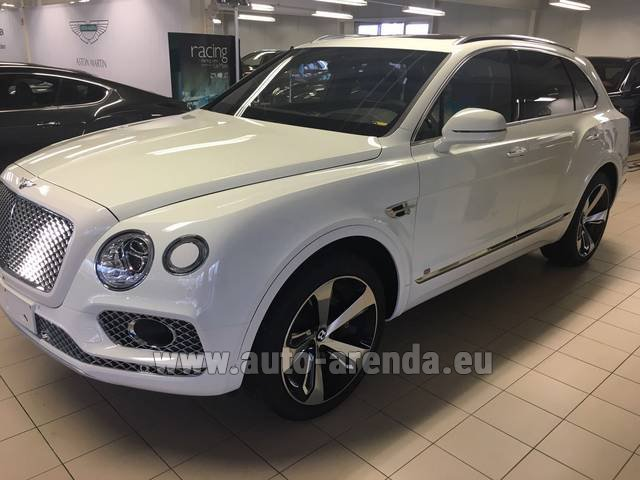 Rental Bentley Bentayga W12 NAIM 22 Rear-Enterteiment in München Bayern