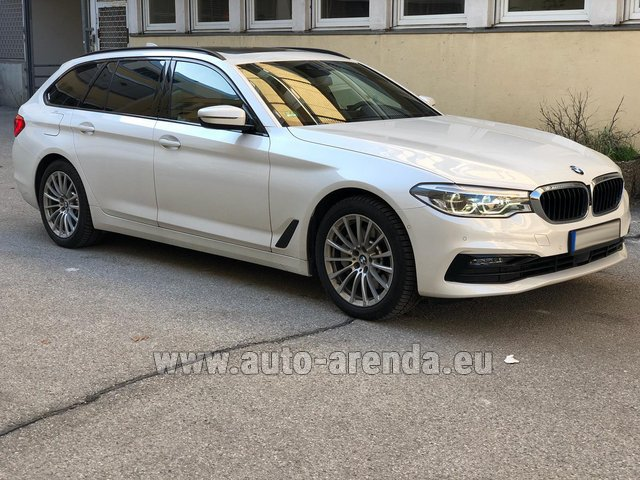 Hire and delivery to the München airport the car BMW 5 Touring Equipment M Sportpaket