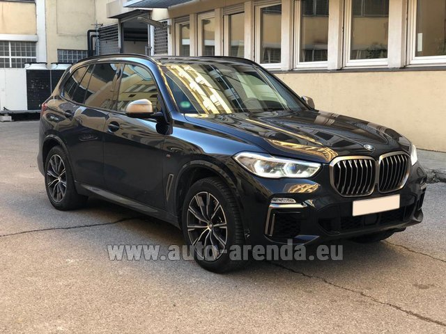 Hire and delivery to the München airport the car BMW X5 M50d XDRIVE