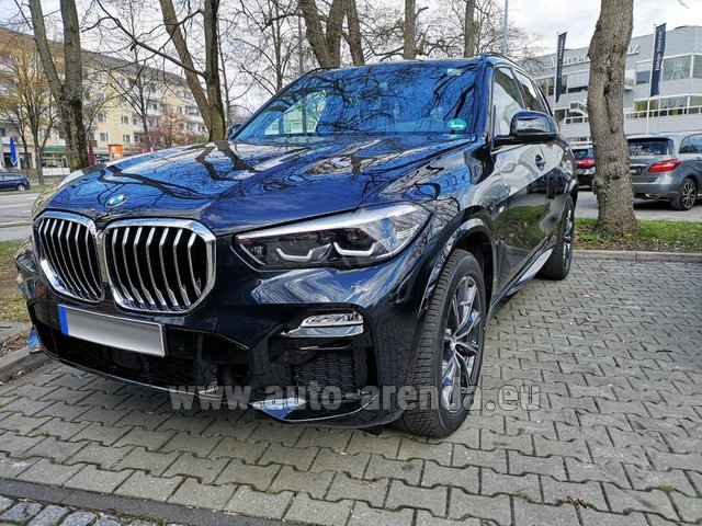 Hire and delivery to the München airport the car BMW X5 xDrive 30d