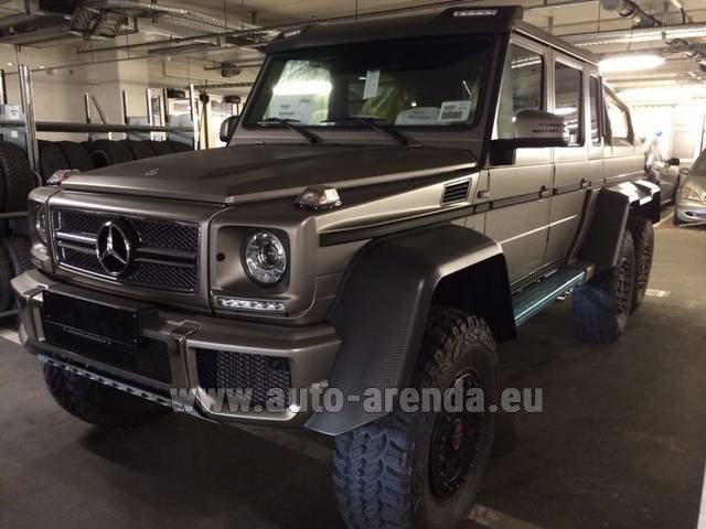Hire and delivery to Schwanthalerhöhe the car Mercedes-Benz 6x6 AMG 6.3