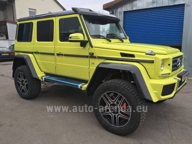 Hire and delivery to Schwanthalerhöhe the car Mercedes-Benz G 500 4x4 Yellow