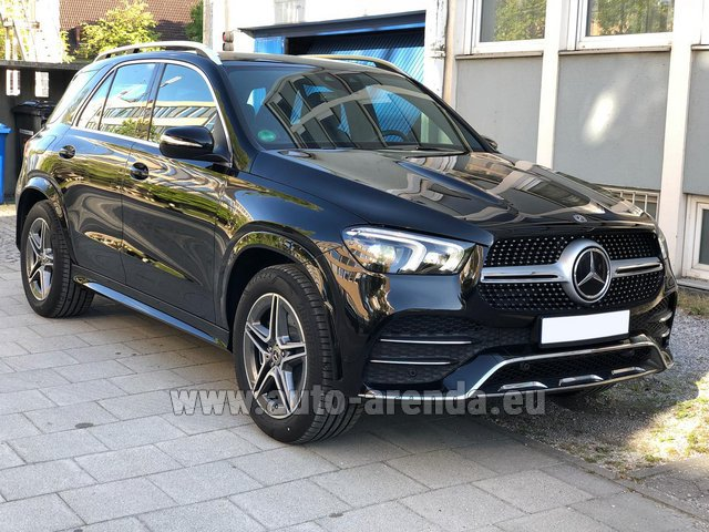 Прокат и доставка в аэропорт Мюнхена авто Мерседес-Бенц GLE 400 4Matic AMG комплектация