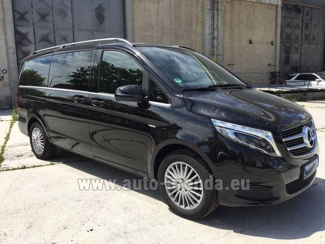 Hire and delivery to Bogenhausen the car Mercedes-Benz V-Class (Viano) V 250 Long 8 seats