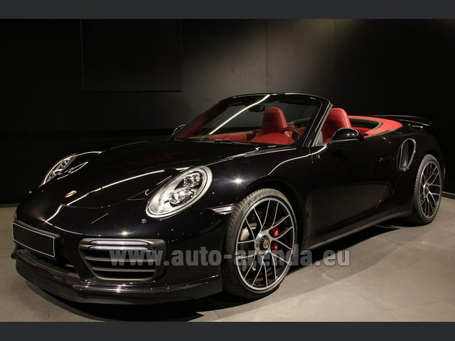 Hire and delivery to Rottach-Egern the car Porsche 911 991 Turbo Cabrio S LED Carbon Sitzbelüftung