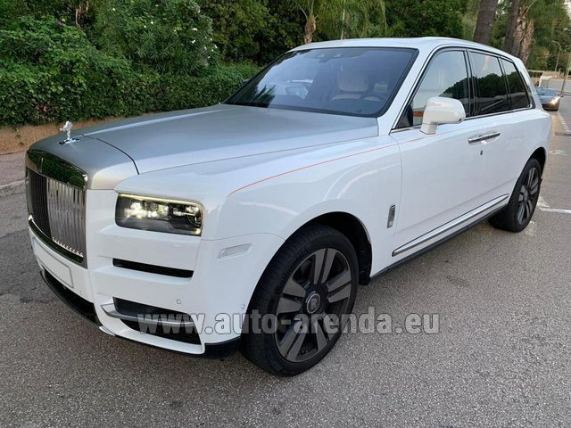 Hire and delivery to Starnberg the car Rolls-Royce Cullinan White