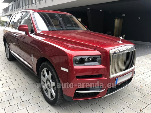 Hire and delivery to the München airport the car Rolls-Royce Cullinan