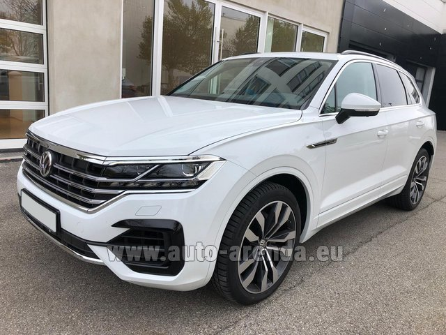 Hire and delivery to Schwanthalerhöhe the car Volkswagen Touareg 3.0 TDI R-Line